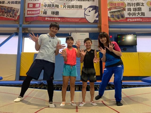 前田アナウンサー&フェニックススクールさん